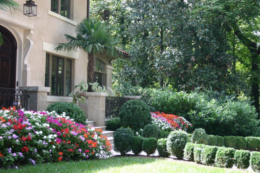 Pilihan Desain Taman Landscape untuk Style Rumah Anda